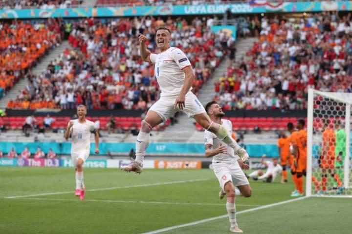 Belanda Vs Republik Ceko: Kalah 2-0, De Orange Tersingkir