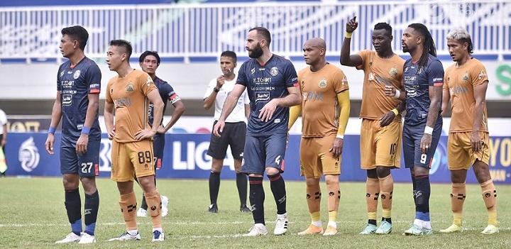 Arema FC Vs Bhayangkara FC: The Guardian Diimbangi Arema 1-1